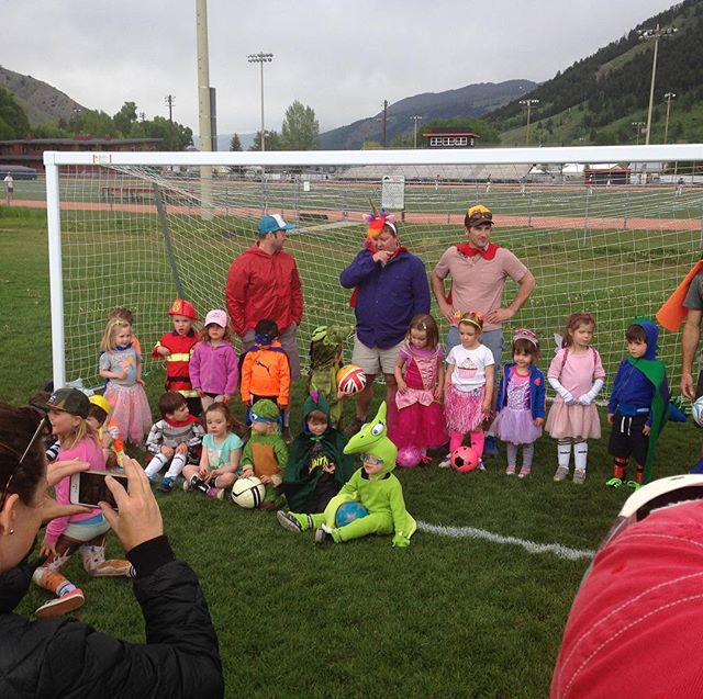 Our Minikickers dressed up on the last day of Spring practice! Looking forward to a great Fall season, register at - www.jacksonholeyouthsoccer.org/registernow/
