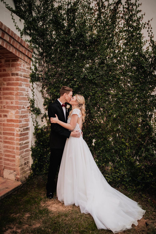 2018.11.10 Kelsey&Jacob-318 (1).jpg