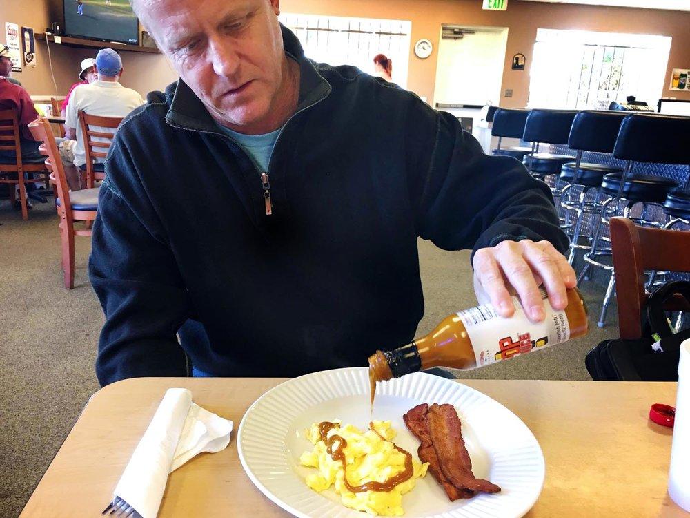 pop_sauce-170112-mulligans-eggs-bacon-1-1500.jpg