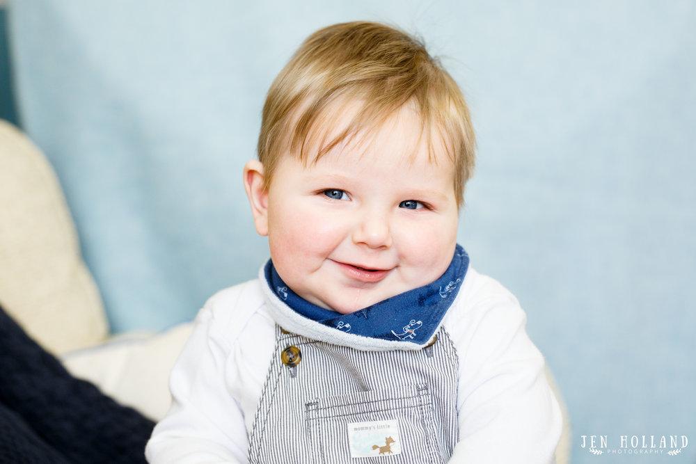 Baby portrait, baby in blue