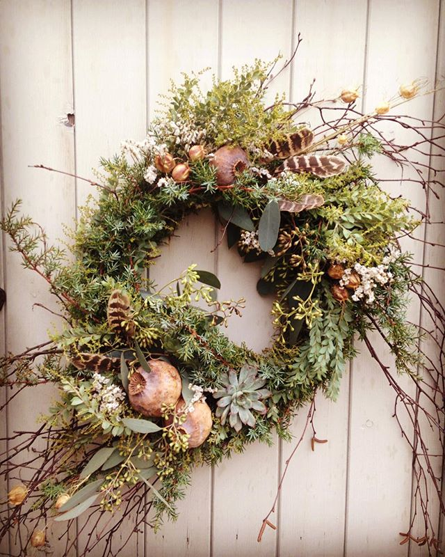 I love my wreath I created last night with @floralcircus so pretty!! #mosswreath #naturalingredients #naturesbounty #christmaswreath