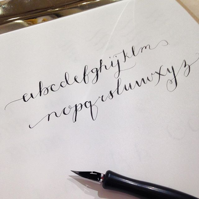 Having a lovely afternoon learning how to write posh!! @quilllondon #moderncalligraphy