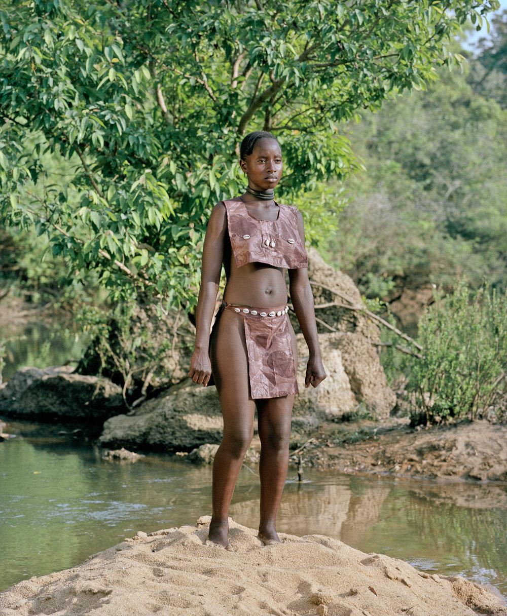 POPCAP_2012_Winner_1280px_RGB_1303_StatuetteZoo_Foret_Guinee_2011_Namsa_Leuba.jpg