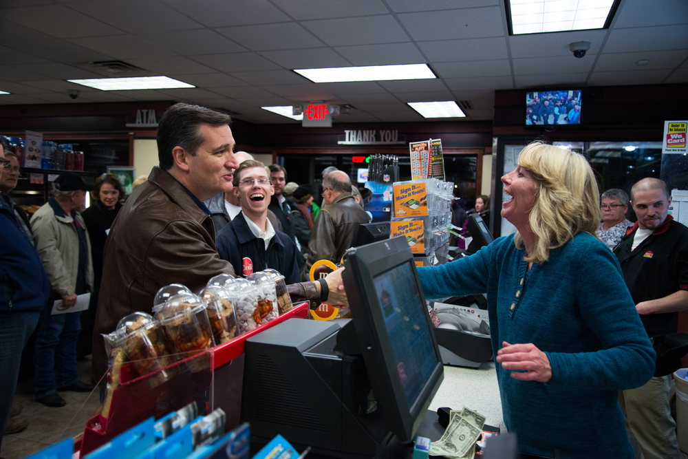 Republican presidential candidate Ted Cruz thanks Sharon Woods, the supervisor of Casey's General Store in Chariton, Iowa, for hosting a campaign event inside the store on Nov. 28, 2015.