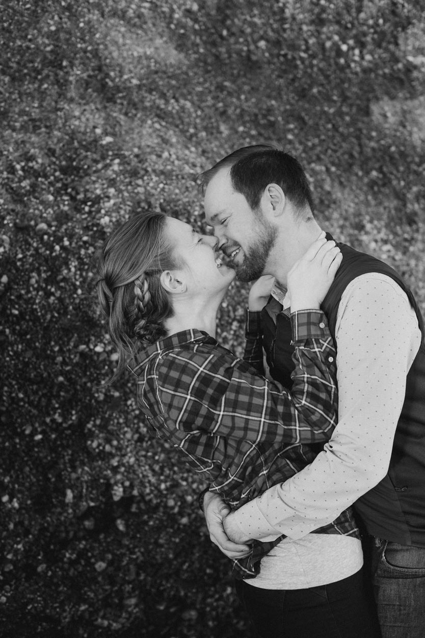 engagement-photography-black-and-white-elizabeth-moss-and-sterling-wall-at-lucy-vincent-beach2.jpg
