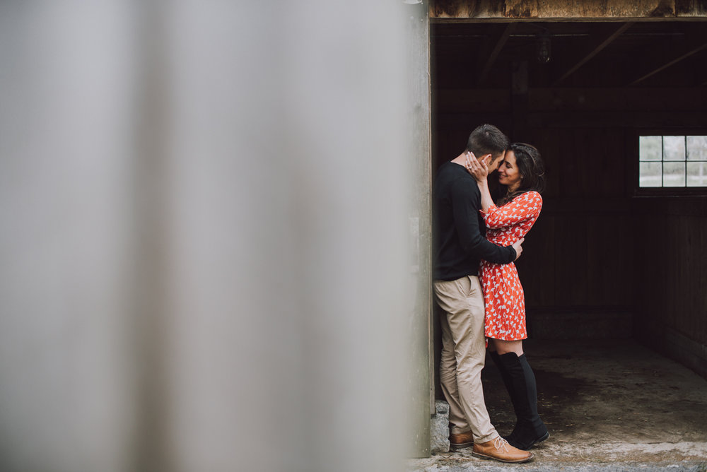 ben-samantha-proposal-kiss-at-the-barn-4823.jpg
