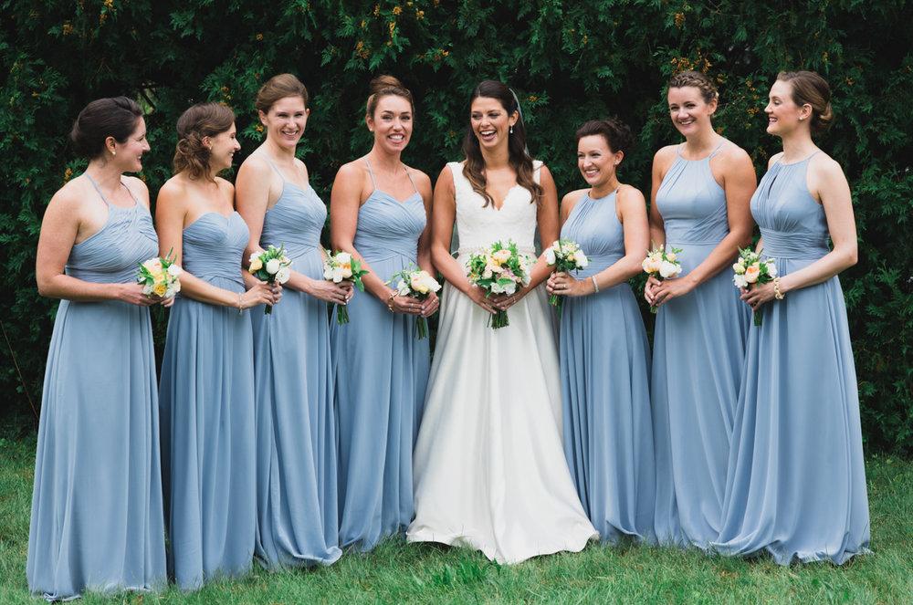 maureen_evan_wedding_marthas_vineyard_getting_ready-3202.jpg