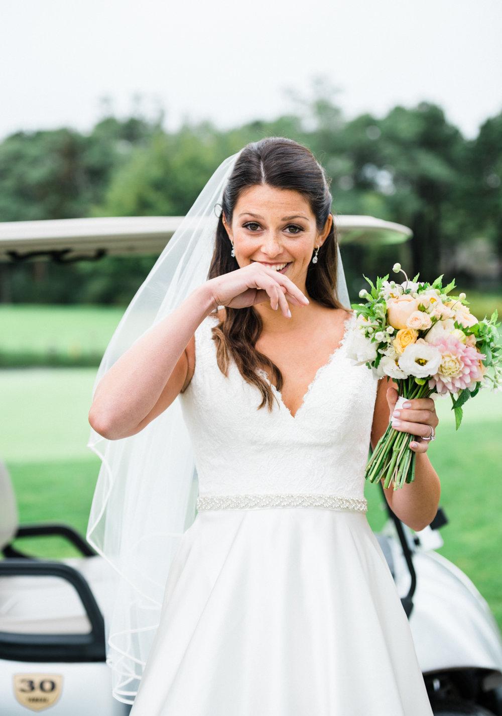 maureen_evan_wedding_marthas_vineyard-8502_first_look_farm_neck.jpg
