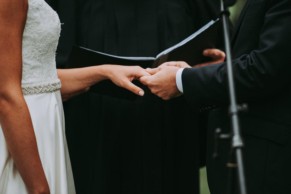 maureen_evan_wedding_marthas_vineyard-9792ceremony_farm_neck_golf_club_ceremony_farm_neck_golf_club.jpg