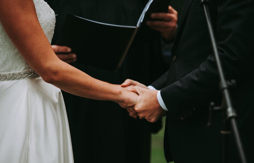 maureen_evan_wedding_marthas_vineyard-9820ceremony_farm_neck_golf_club_ceremony_farm_neck_golf_club.jpg