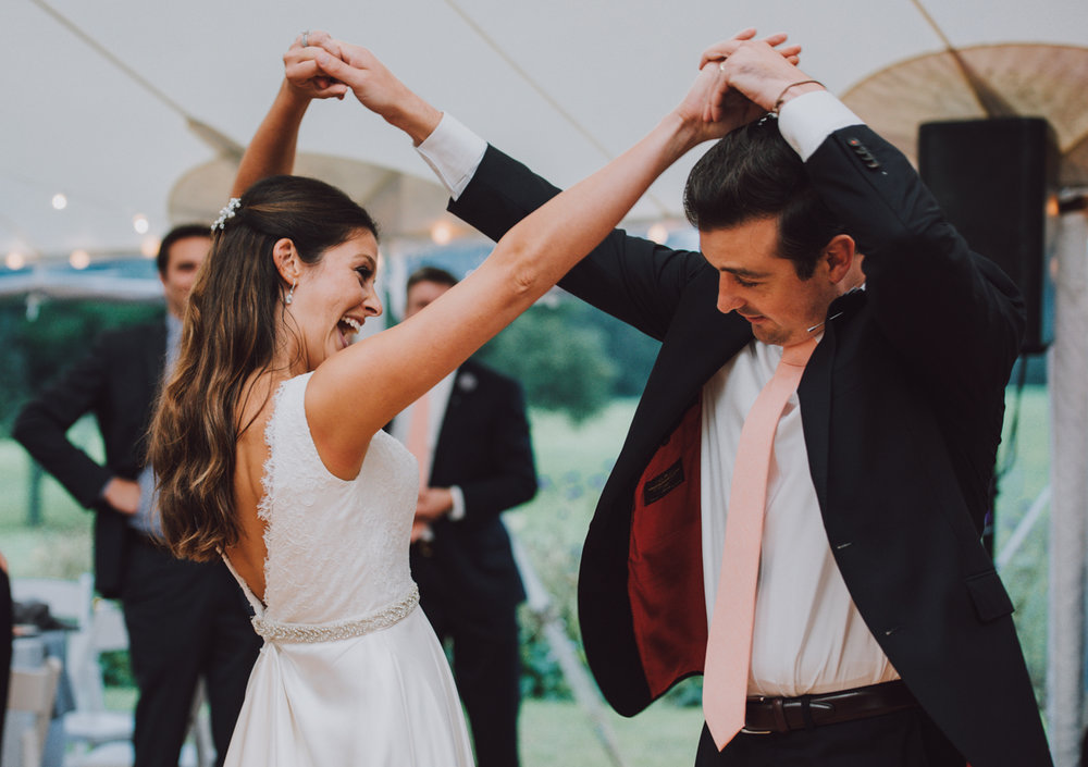 maureen_evan_wedding_fist_dance-0418.jpg