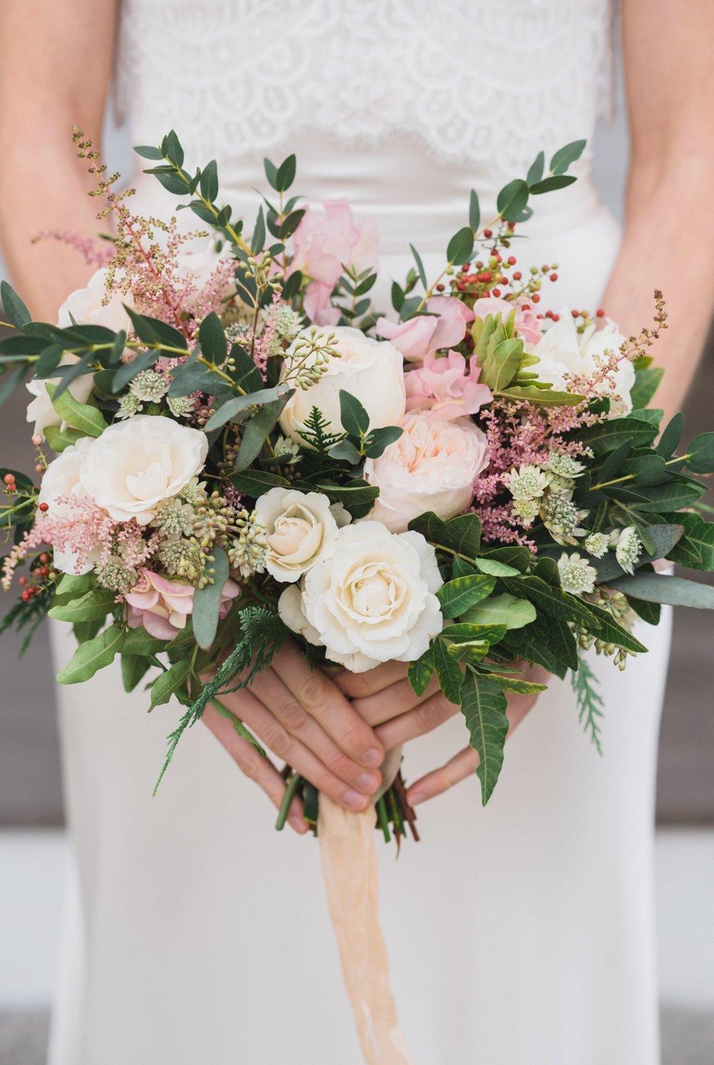 len_lynne_wedding_bouquets_edgartown-1875.jpg
