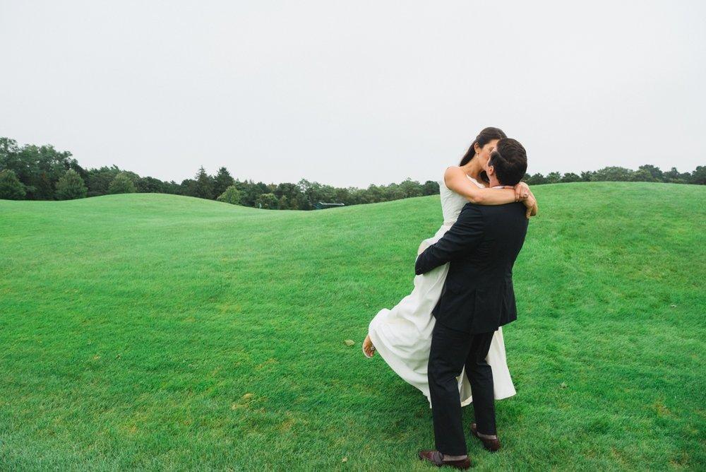 maureen_evan_wedding_marthas_vineyard_bride_groom_farm_neck-3852.jpg