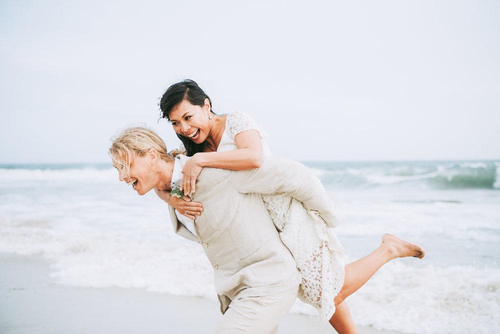 wedding_ceremony_aquinnah_beach-17.jpg