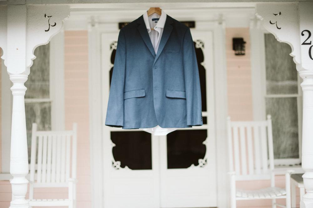 grooms_suit.jpg