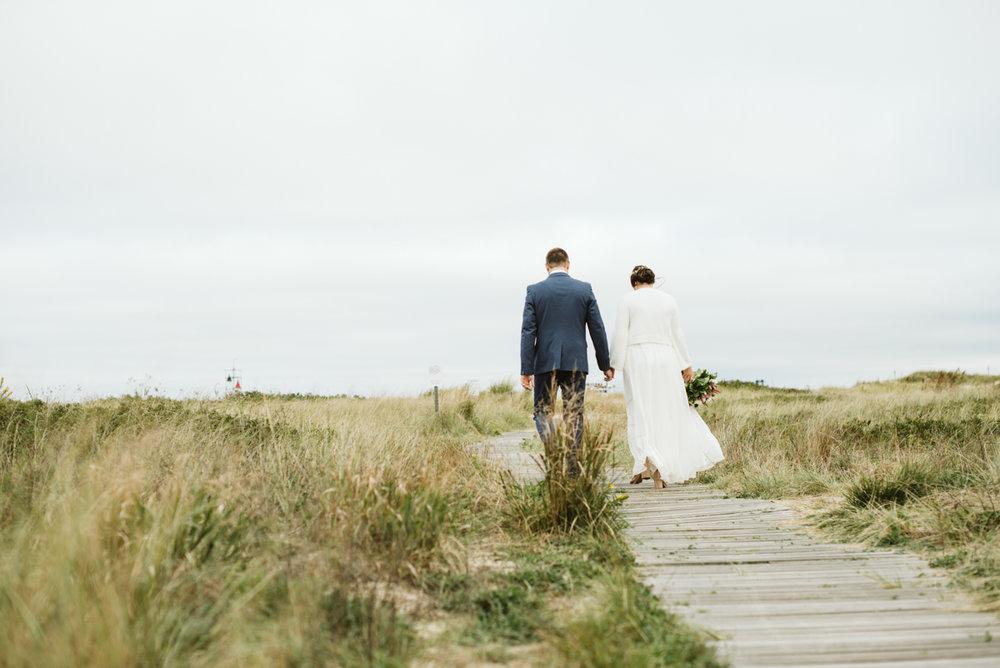 east_chop_beach_wedding_marthas_vineyard_DSC_4294.jpg