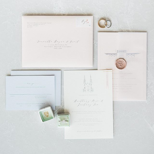 Any day I get to revisit this gorgeous #invitationsuite is a good day. ✨ so thrilled to see @britd stunning wedding on @stylemepretty today. If you're planning a wedding in Ottawa, this feature is definitely a must see of phenomenal vendors and jaw dropping inspo. ———— Planning & design @toast.events photos @laurakellyweddings decor and florals @wedecor_tm jewlery @sarahwalshbridal hair @topknothairstylist makeup @klavaz.makeup video @mattandkatfilms