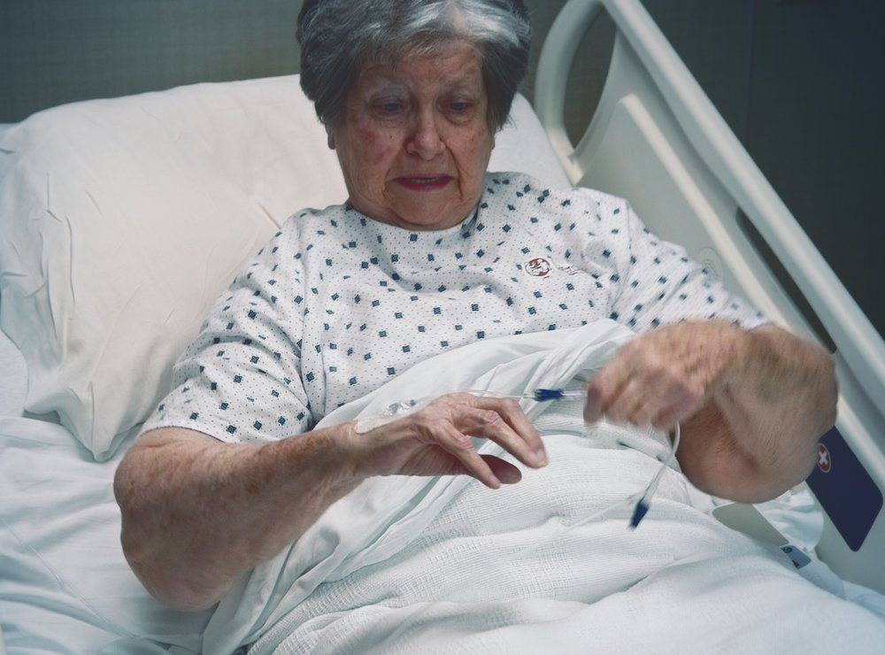 Patient IV dislodgment in a hospital