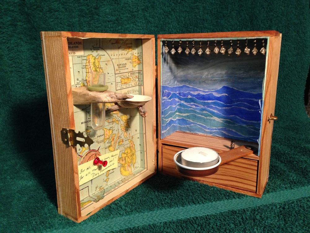 Portable Meditation Box (inside).jpg