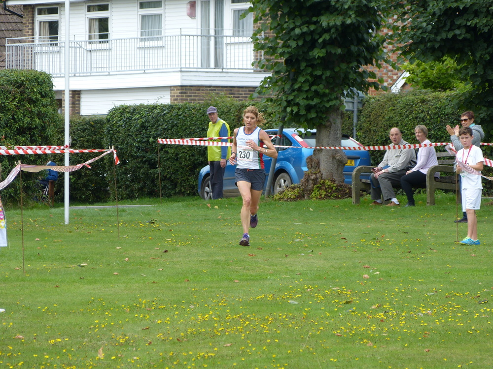 Ladies 1st place Maria Heslop 00:38:21