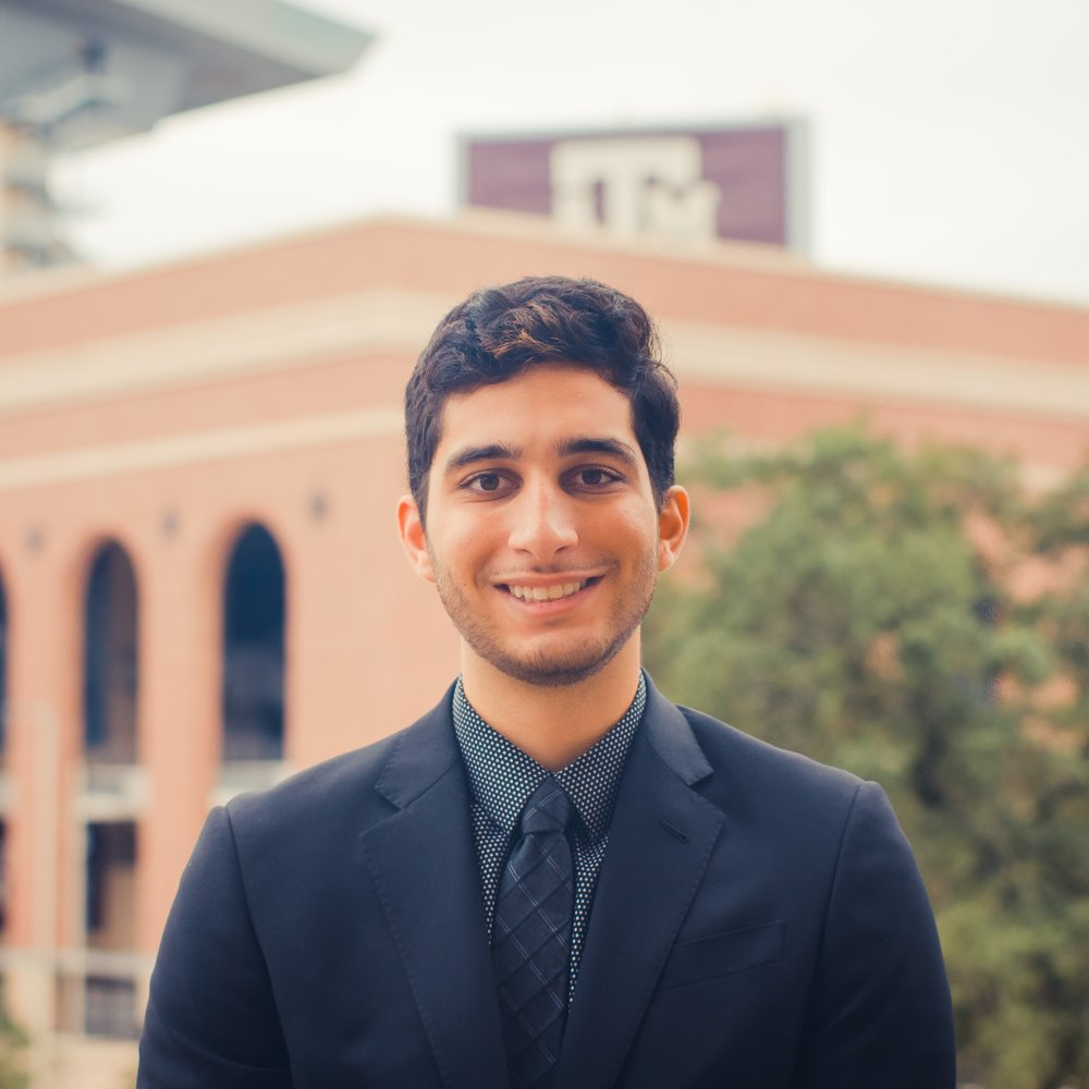 "Arash Mesgarpouran '21    Hometown:  Houston, TX   Major:  Computer Science   Involvement:  AFC Fish Camp SLIDE   Favorite Quote:  ""Those who are crazy enough to think they can change the world are the ones who do"" -Steve Jobs"