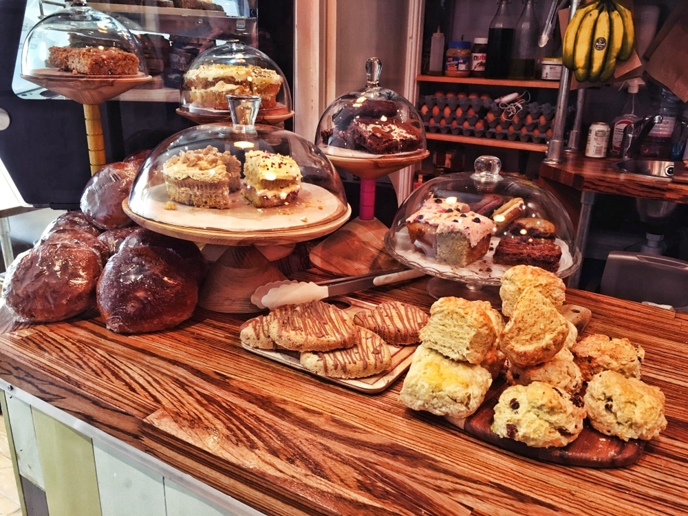 Mint Hobo uses locally produced organic products. What's on offer? Scones, brownies, teacakes, coffee cake, other cakes (including gluten-free), artisan bread, fruit, eggs...