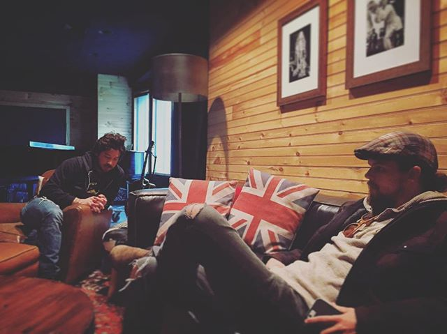 Great hang this morning with our buddy @kisermarcus checking out his unreleased @osmrmusic tracks. Incredible... stoked to see what's next for them.  #some #osmrmusic #oldsouthernmoonshinerevival #rustontherails #americanaussieroots #nashville #nashvillemusic #musiccity #countrymusic