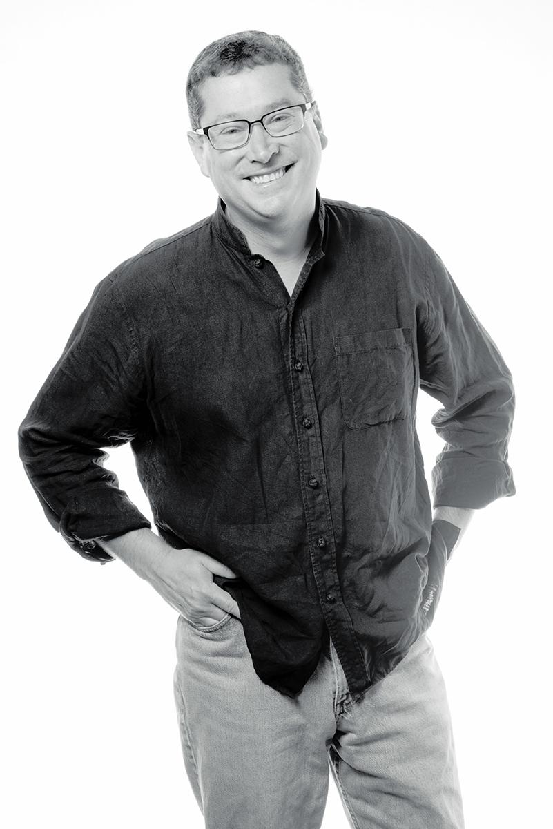 Glenn Lavezzi headshot.jpg