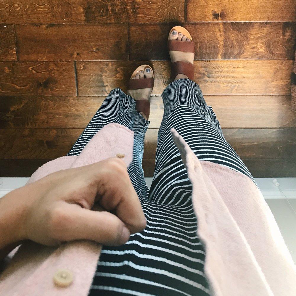 Flannel  Jumpsuit   Sandals