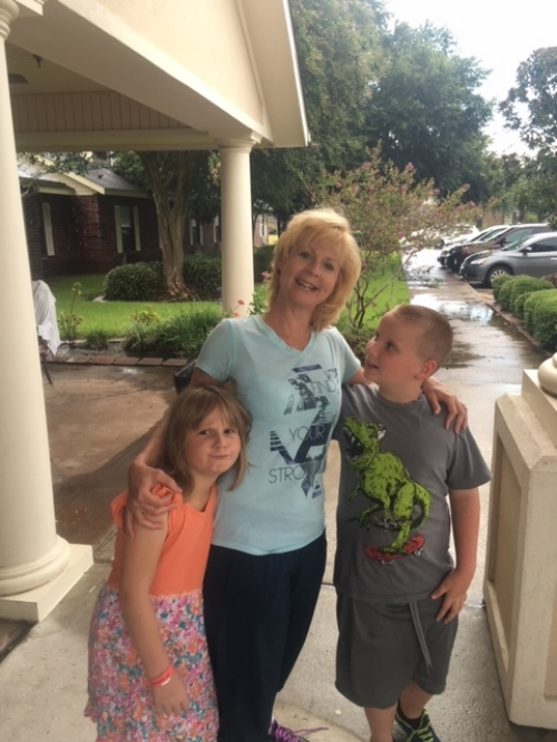 Liz with her kids