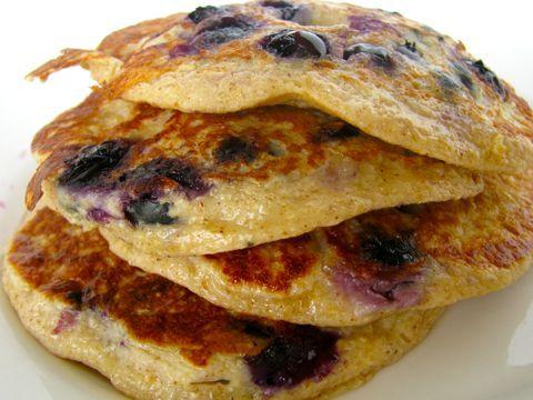 Blueberry Protein Pancakes (V)