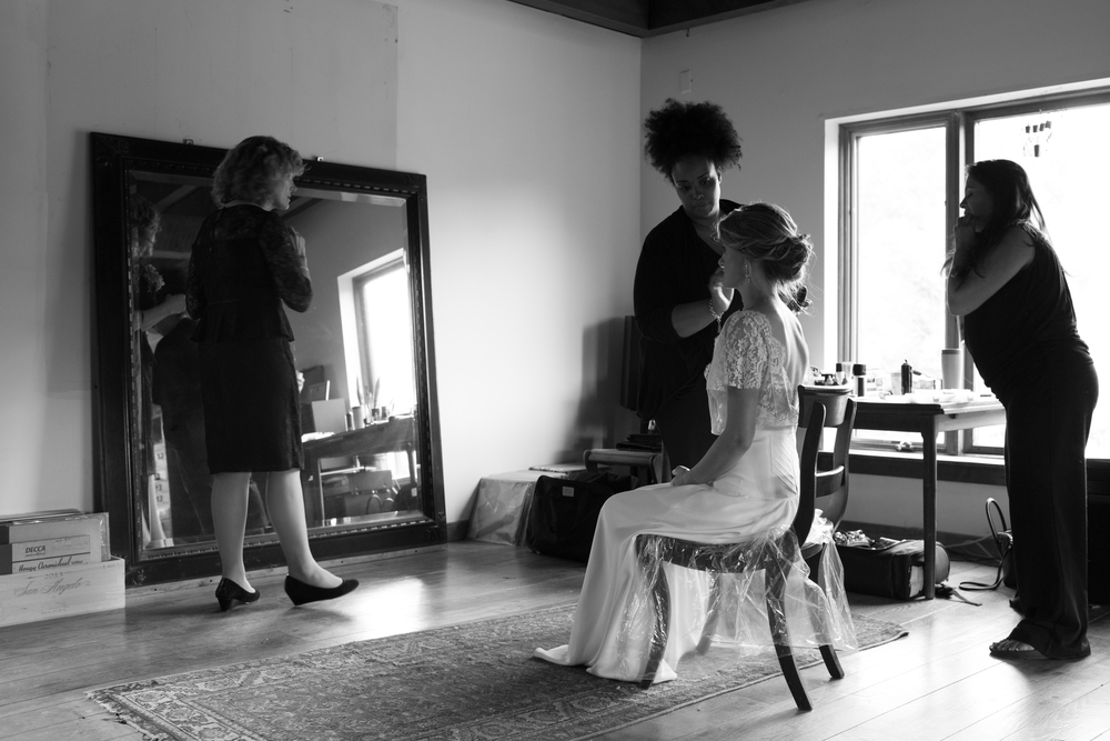The homeyness of Kay Hall offers a beautiful holding and dressing area for wedding parties of all sizes.