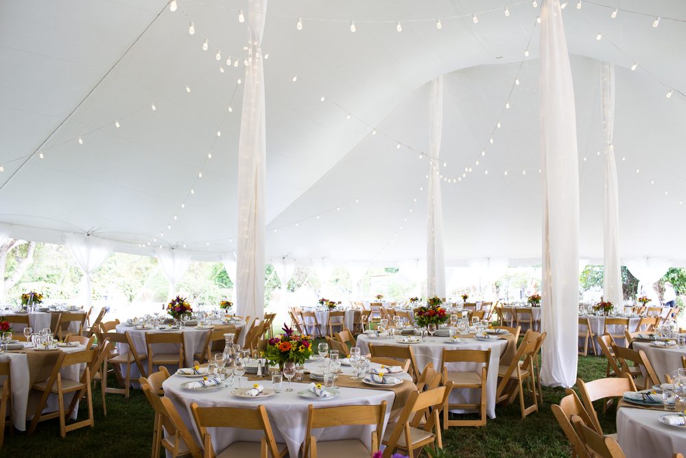 The Bowling Green can support tents and tables for any large-scale dining events, rain or shine.