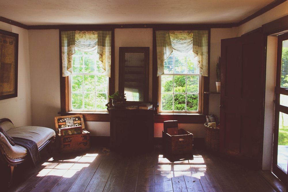 Sycamores Main Room 2.jpg