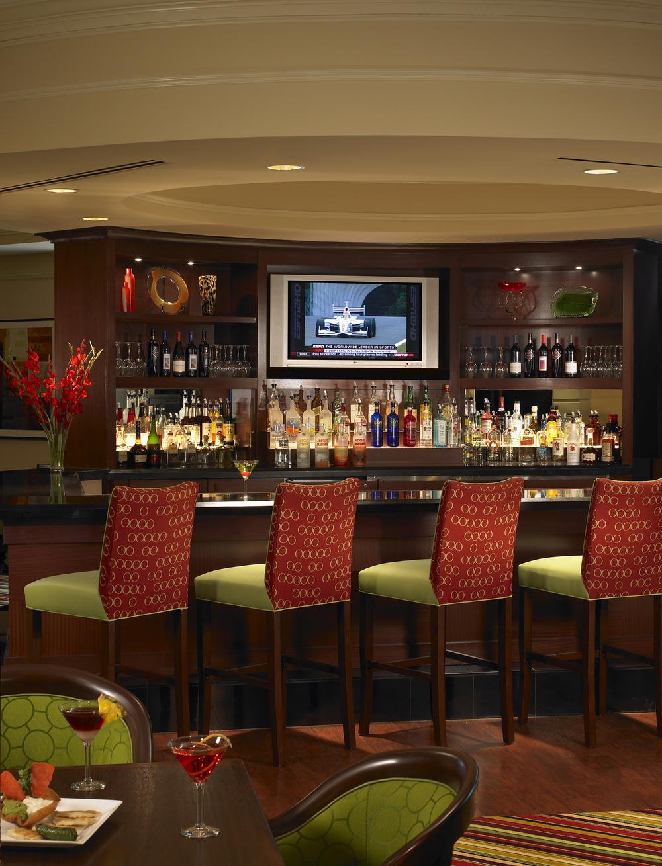 4-Lobby Bar.jpg