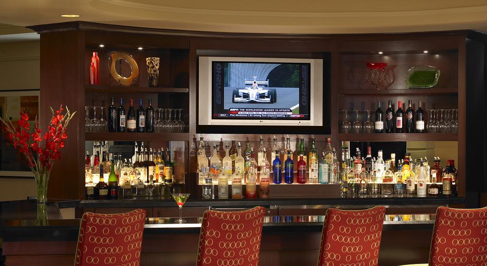 5-Lobby Bar.jpg