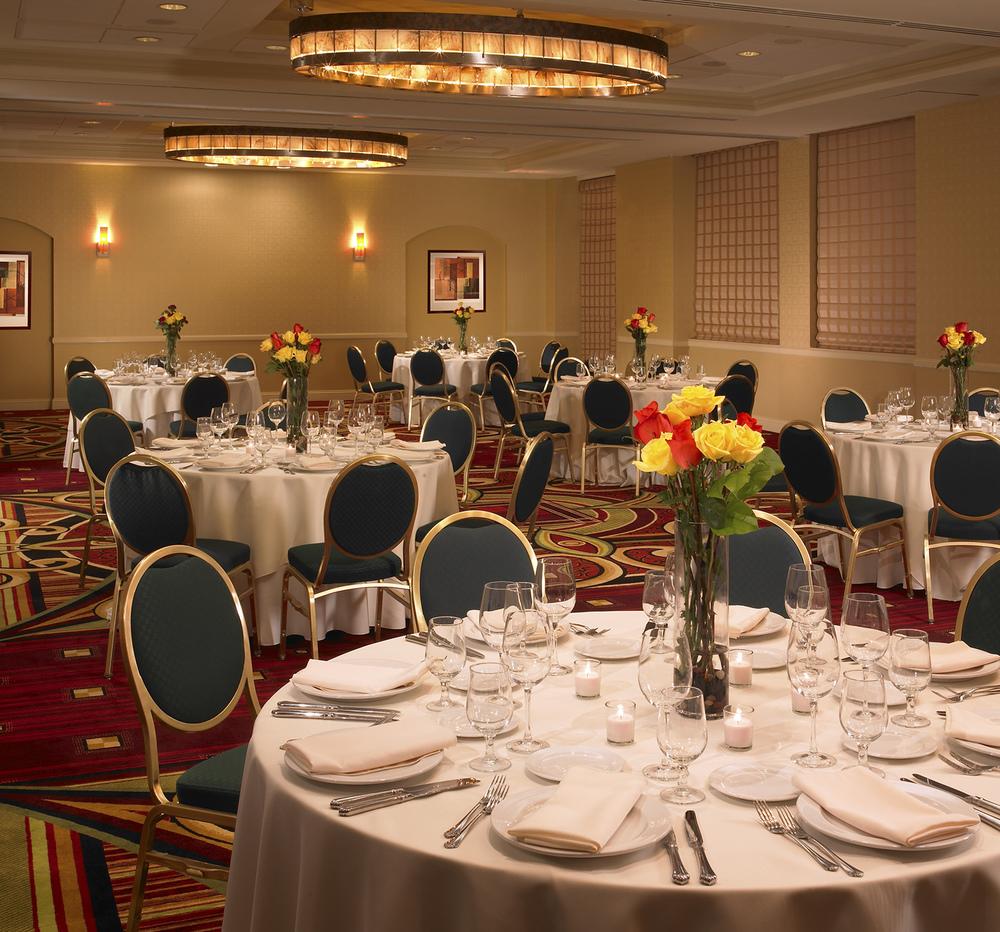 8-Ballroom.jpg