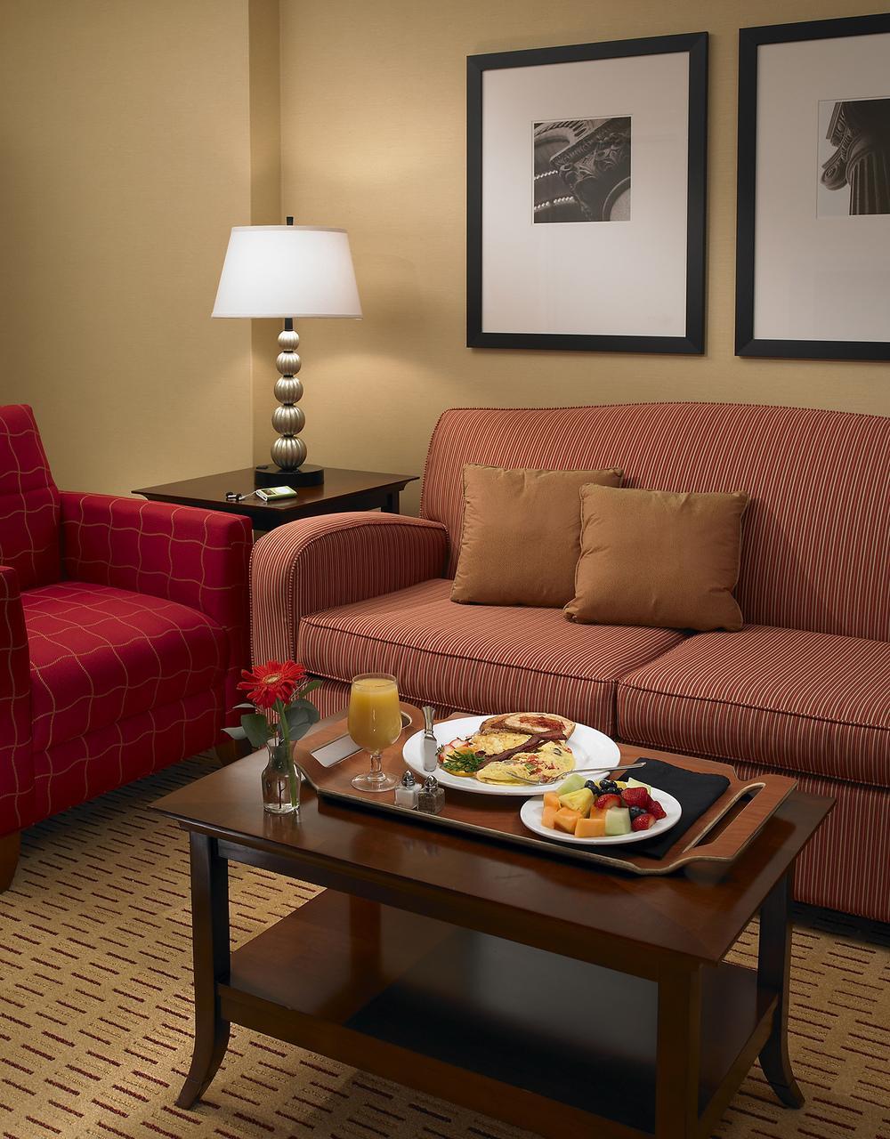 14-Guest Suite.jpg