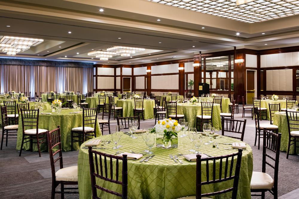 9-Ballroom_Banquet.jpg