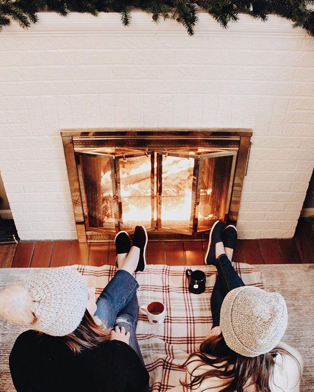 Hot cocoa, cackling fire, cozy sweater, repeat ☃️ #tgif #happyholidays