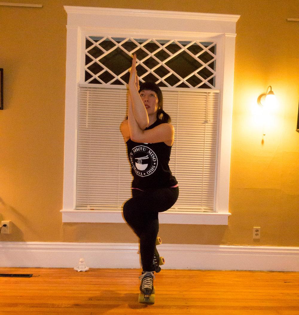 Naomi Leong - Licensed Mental Health CounselorRegistered Yoga TeacherLicensed Yoga Calm InstructorCertified Sports & Fitness Psychology