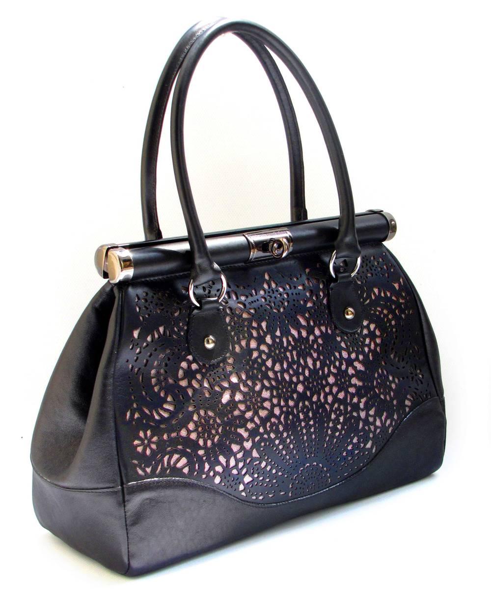 usnjena-damska-torbica-z-lasersko-čipko.jpg