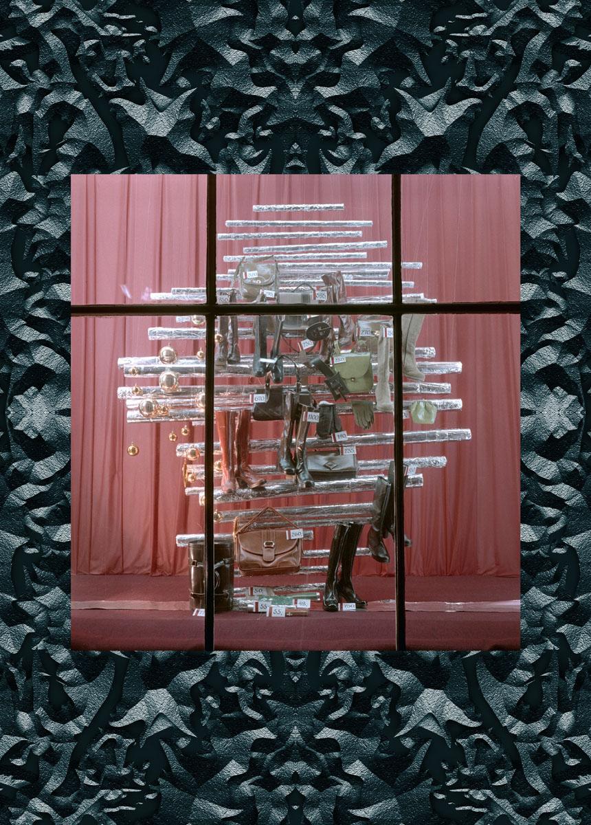 Window display of the społem store, Warsaw 1975. Photo: Andrzej Wiernicki ©Forum