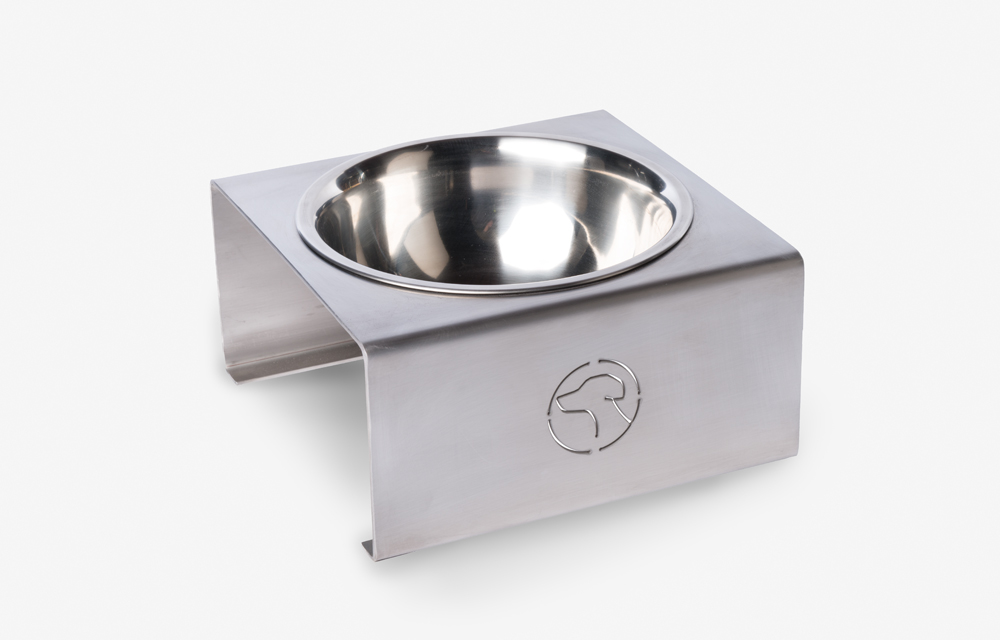 Betty Single Bowl Feeding Station
