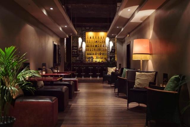 bar-entrance-640x480.jpg