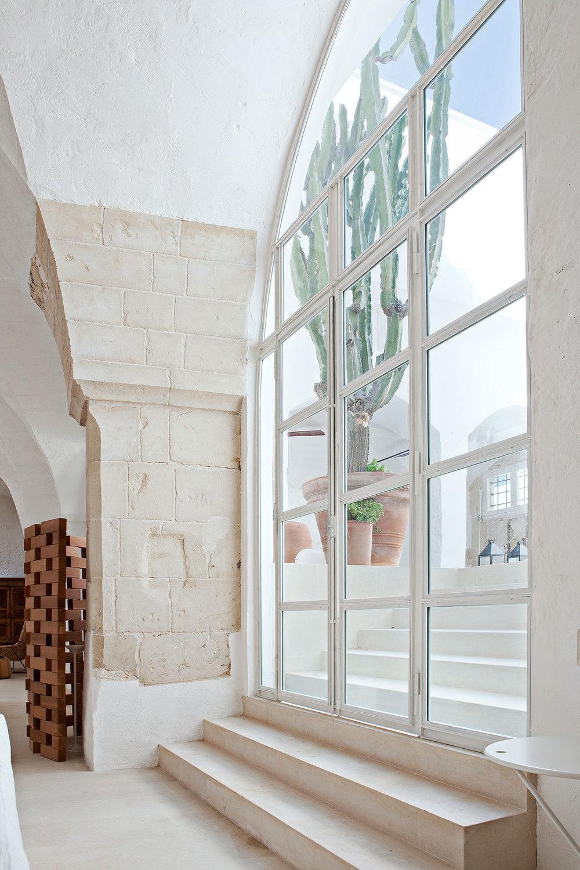 Ludovica + Roberto Palomba's home via Yatzer