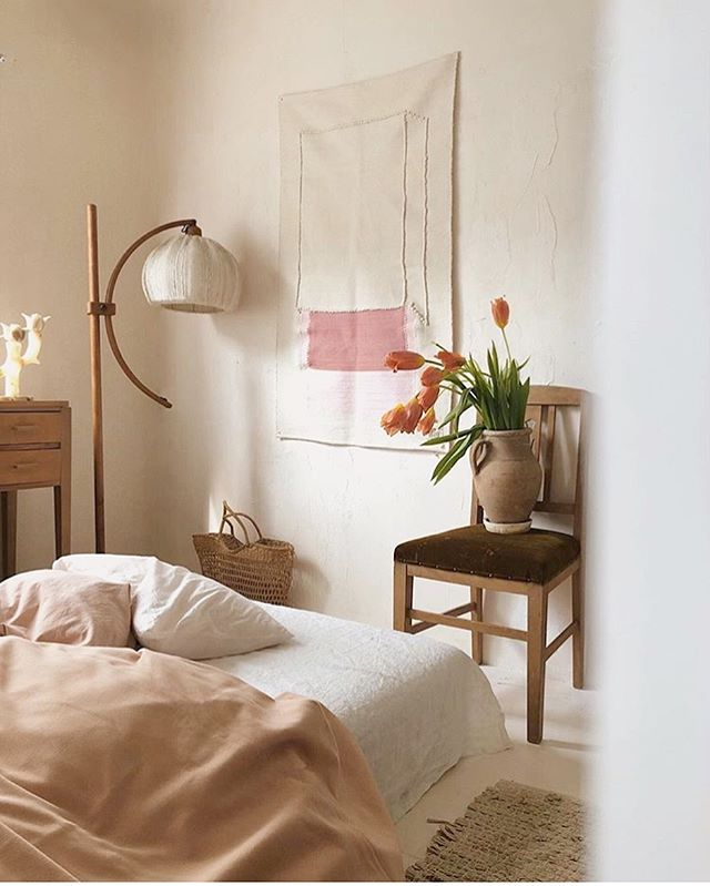 🧡 rg via @kon_tam #inspiration . . #interiors #homedecor #lifestyle #interiorinspiration #neutraldecor #minimalmood