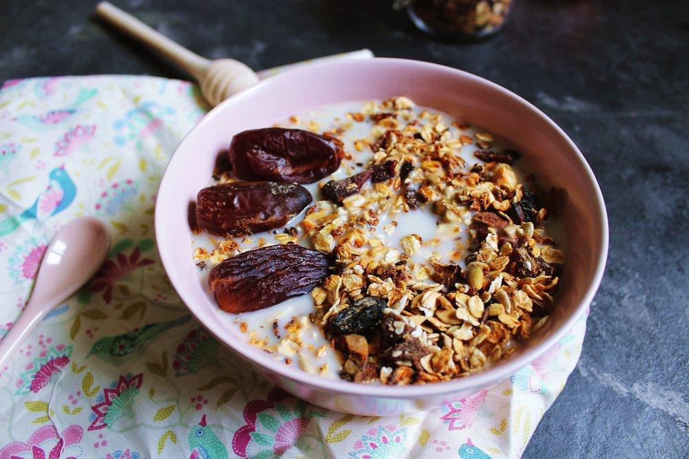 Oatmeal isn't only a breakfast staple, it can help lower your diabetes risk.