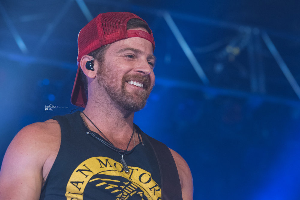 20161028_Kip Moore_Performance_Johnson08989.jpg