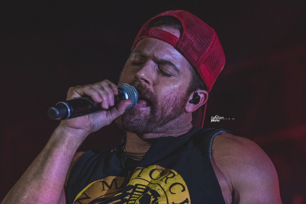 Kip Moore up close .jpg